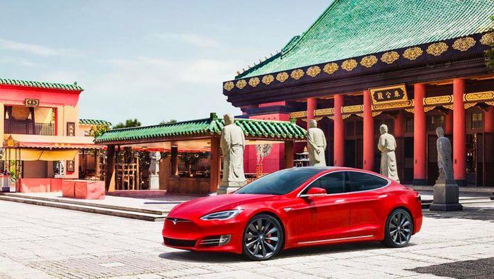 Tesla - Kína