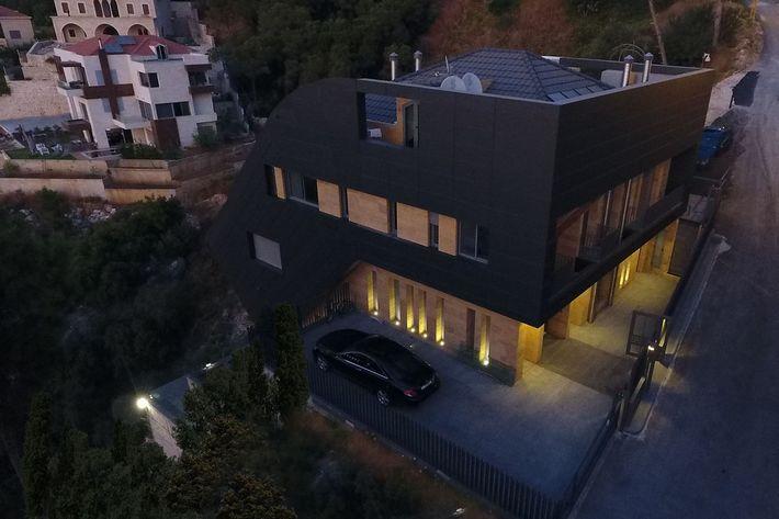 """Dazarchitects """"CH730 Villa""""-"""