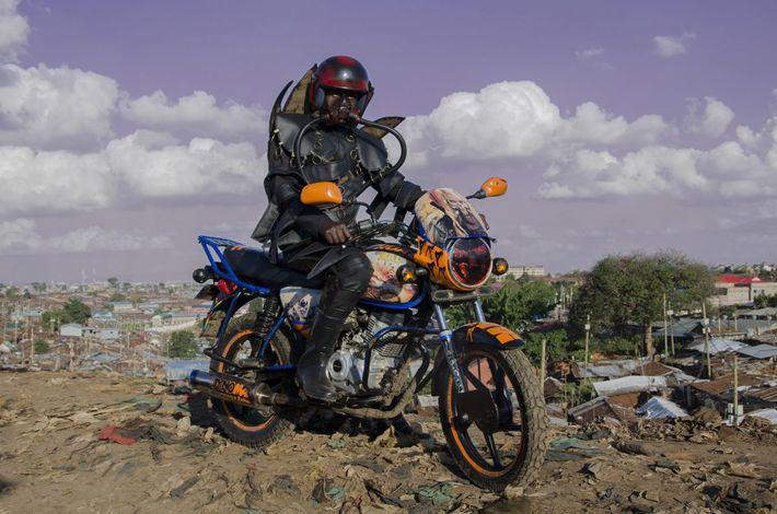 "bora bora"", avagy a nairobi motor taxi sofőrök"