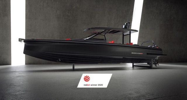 Brabus Marine Shadow 900