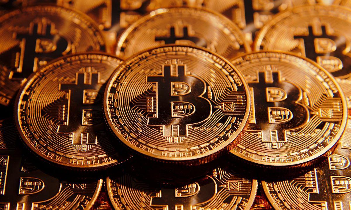 A világon először Budapesten kap szobrot a Bitcoin alapítója