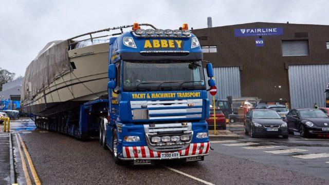 Jacht szállítás